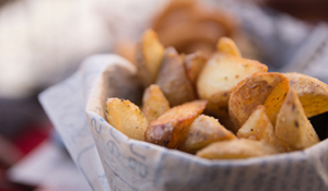 potato wedges met truffelmayo